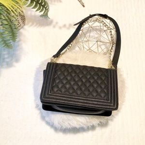NWOT🖤Forever 21 Quilted Faux Leather Crossbody